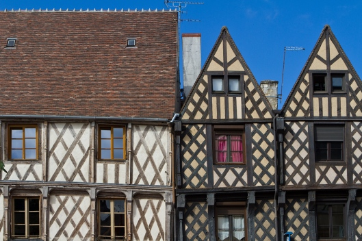 01_IMG_8366_Bourges_rue Jean girard