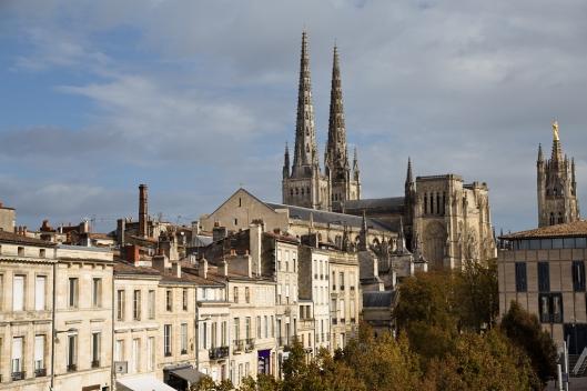 02_IMG_6300_Bordeaux_Cathedrale St-Andre_rue des Freres bonie