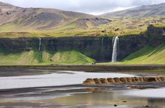 _IMG_0882_Iceland_Seljalandsfoss_2008