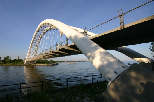 02_IMG_3270_Humber Bay bridge_Toronto